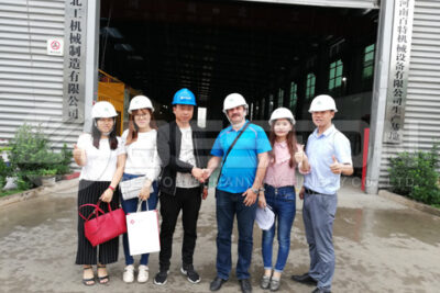 Russian Customer Visited Beston's Factory of Pyrolysis Plant