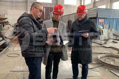 تمت زيارة العميل الإندونيسي Beston مصنع ماكينات الفحم
