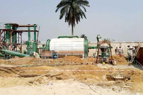 Sistema de eliminación de lodos de aceite