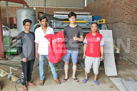 Beston Engineer with Customers of egg tray making machine in india