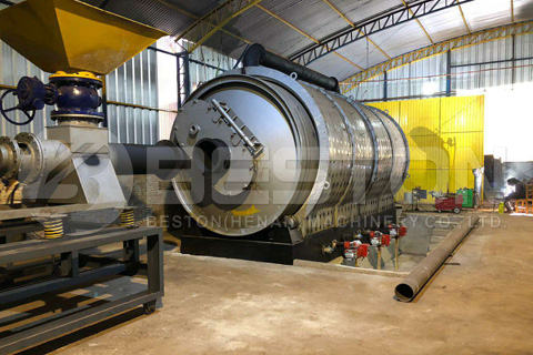 Beston BLJ-16 Waste Tyre Recycling Pyrolysis Equipment Installed in Paraguay