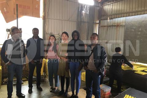 Los clientes de Mali vinieron a visitar la fábrica de Beston