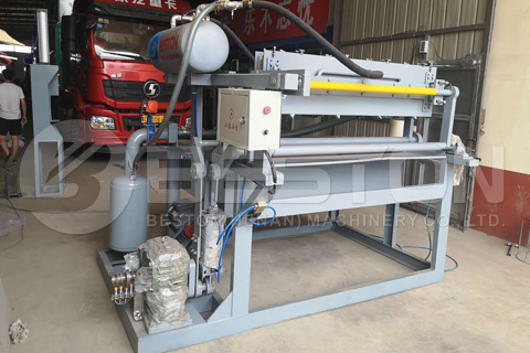 apple tray making machine shipped to Colombia