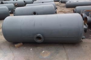 Oil water separator