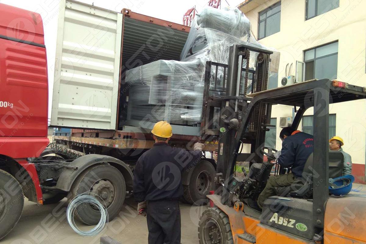 Машина для изготовления лотков для яиц 1200-1500 ПК / ч отправлена в Судан