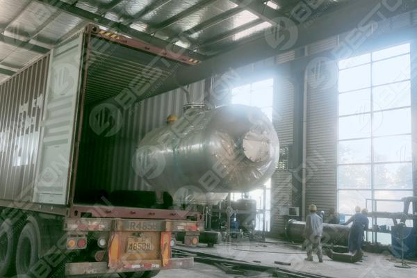 Plastic to Oil Pyrolysis Machine to Ukraine
