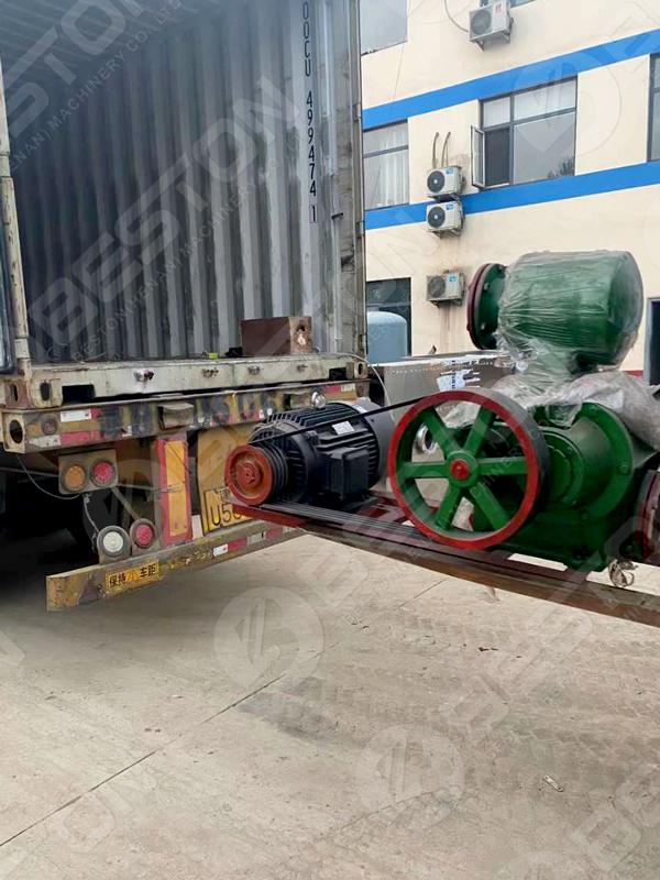 BTF4-4 Egg Tray Making Machine to Zambia